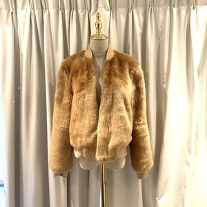 NWOT Elizabeth and James Beige Teddy Bomber coat f
